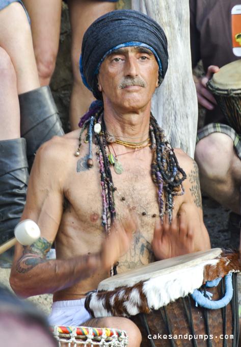 Drum-player-at-cala-benirras
