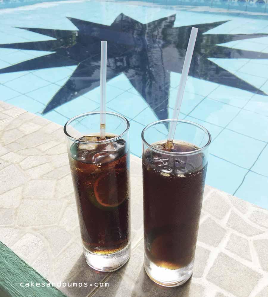 Borgoe cola on the swimming pool