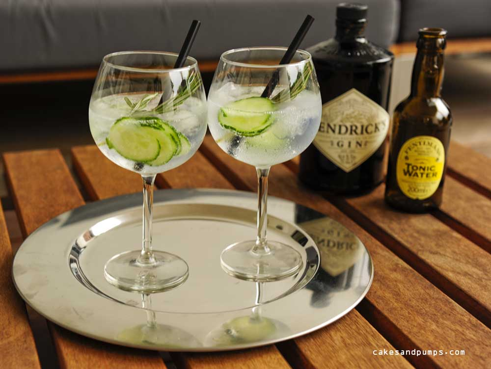 cocktail friday a gin tonic with hendrick 39 s gin cakes and pumps. Black Bedroom Furniture Sets. Home Design Ideas