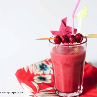 Pear raspberry smoothie