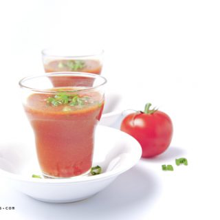 Sunday Smoothie: Tomato mix with pepper