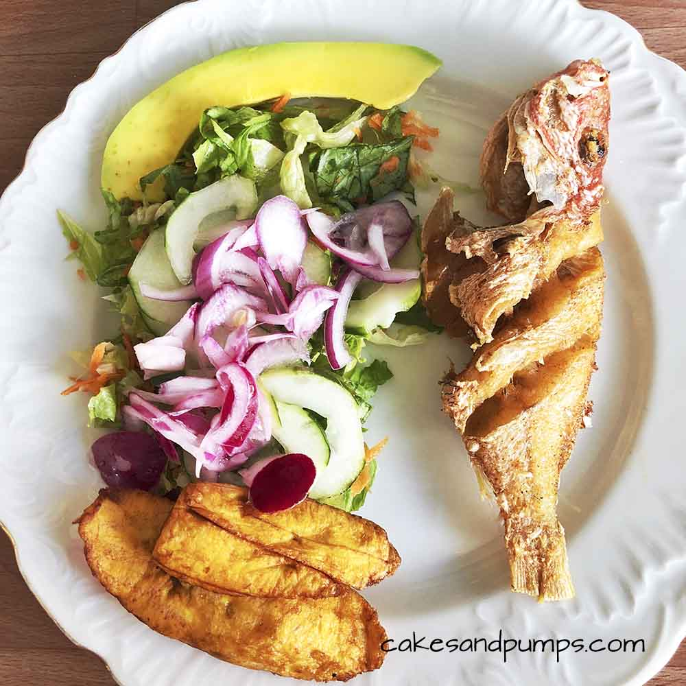 Deep fried fish on my plate at Purunchi Curacao, cakesandpumps.com