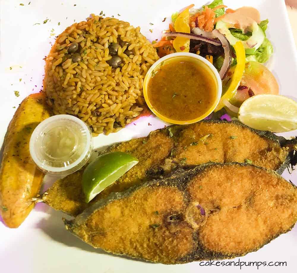 Dorade, fresh fish slice at Pop's place, Curacao. Review on cakesandpumps.com