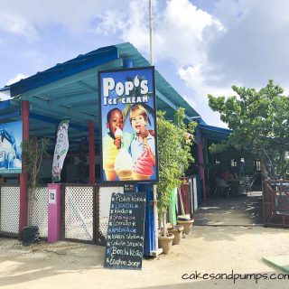 Pop's place, where you can eat delicious local food in Curacao