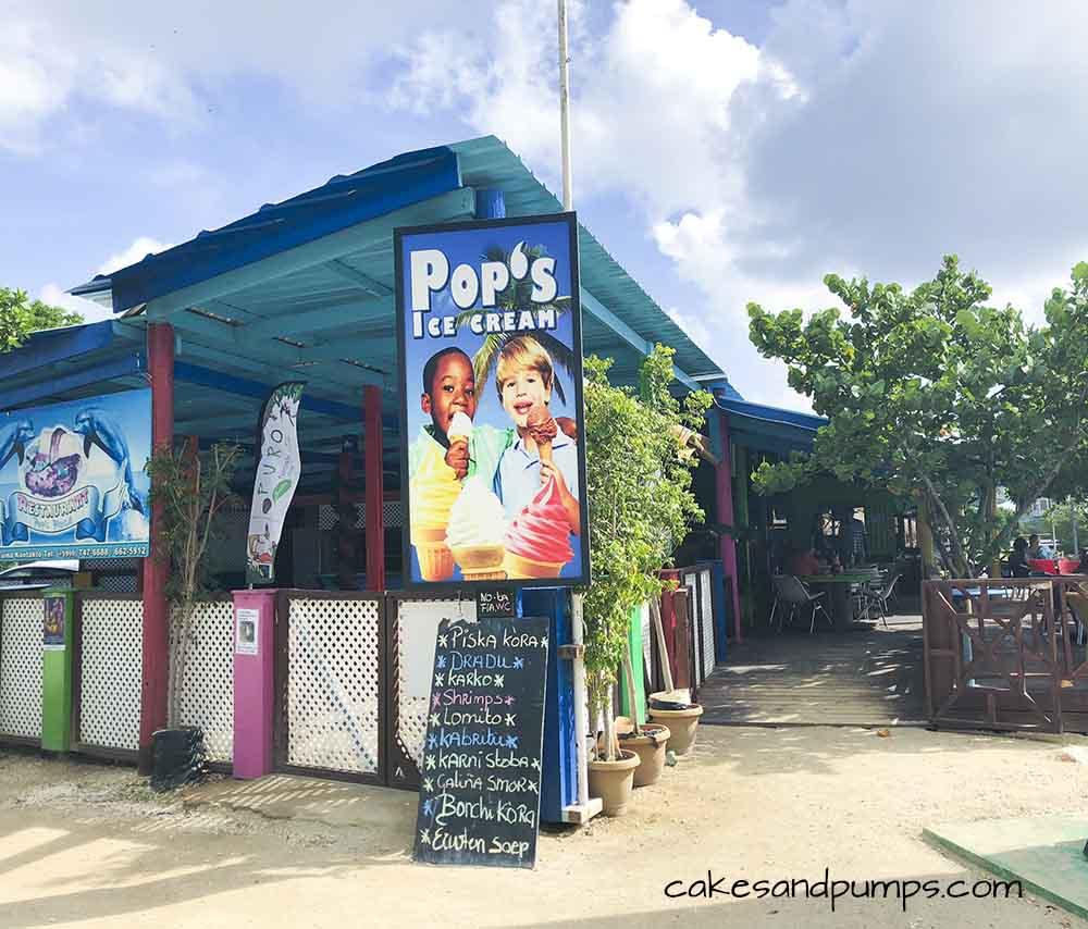 Front of Pop's place Curacao, review on cakesandpumps.com